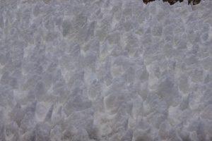 Penitentes de nieve